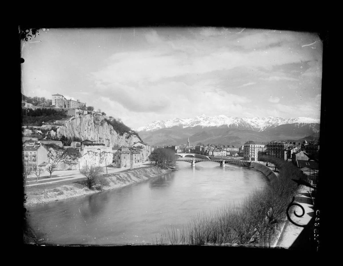 Grenoble : les quais Photographie