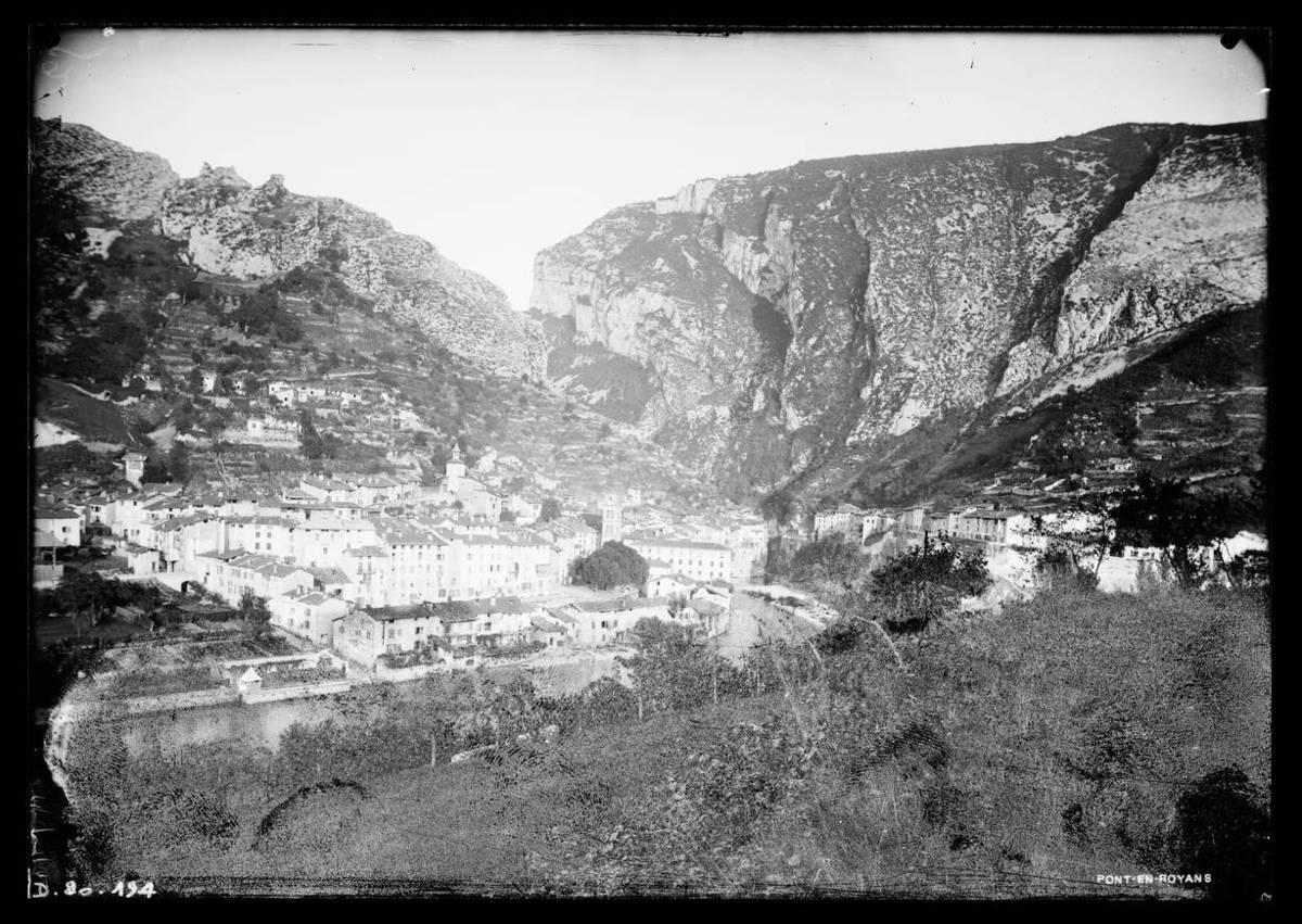 Pont-en-Royans : vue générale Photographie