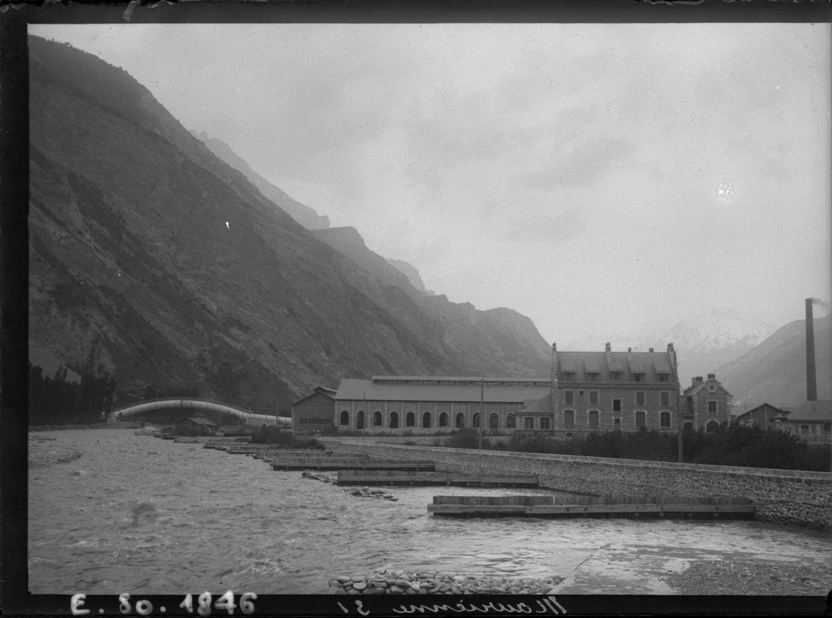 Saint Jean de Maurienne : usine d'aluminium Photographie