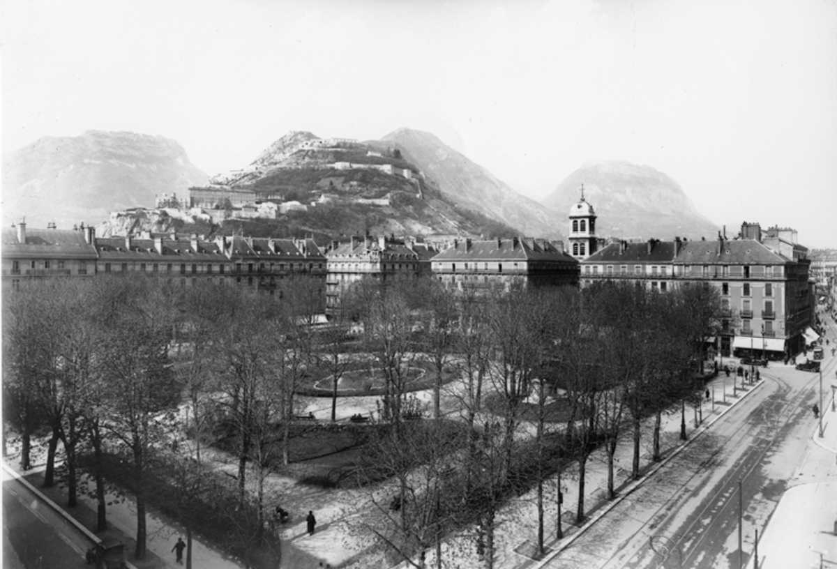Grenoble : place Victor-Hugo Photographie