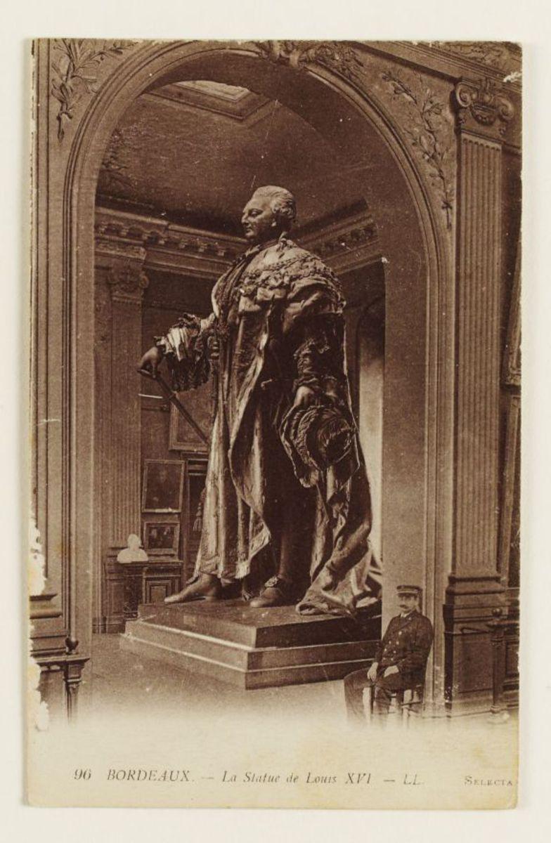 La statue de Louis XVI Carte postale