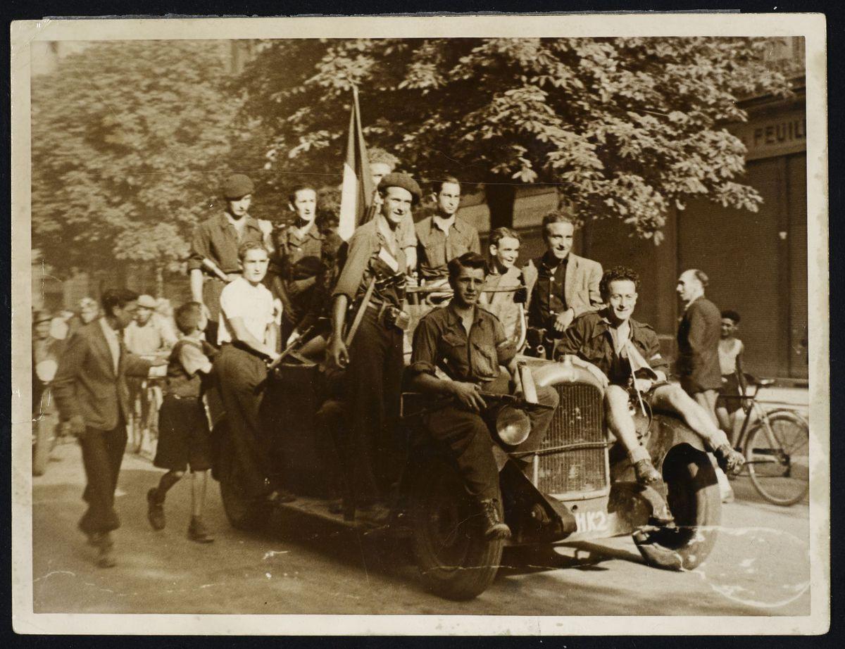 Défilé, libération de Grenoble, août 1944 Photographie 22 août 1944