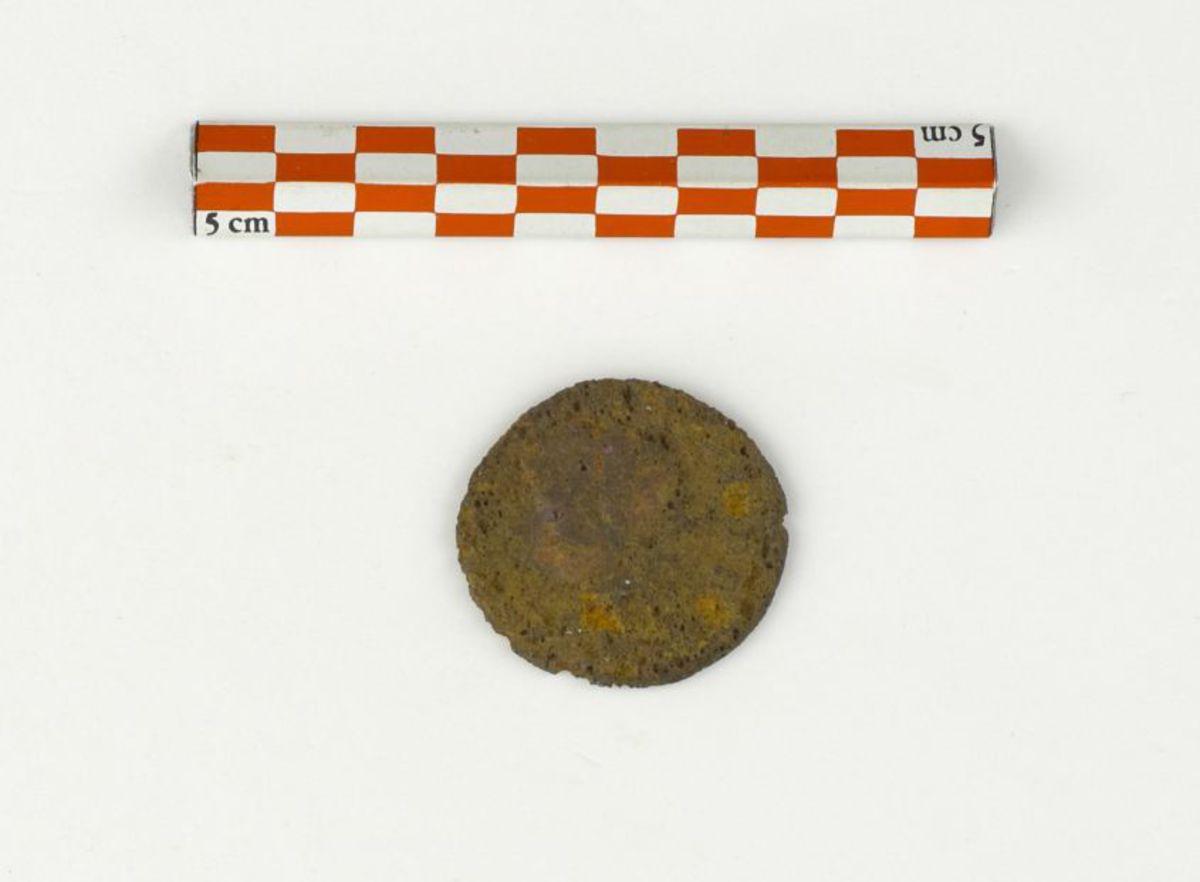 archéologie ; numismatique 300-380 297-298
