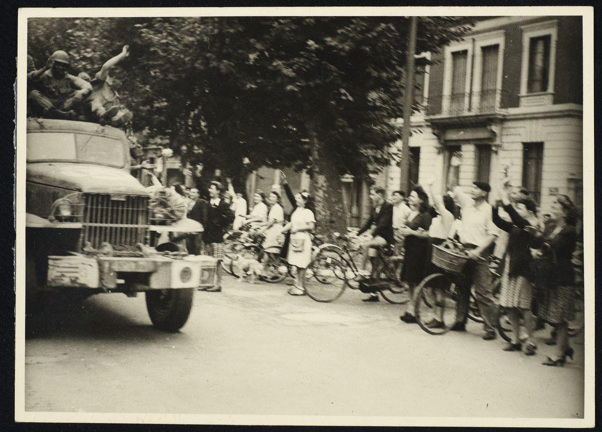 défilé d'Américains à la libération de Grenoble, 22 août 1944 Photographie
