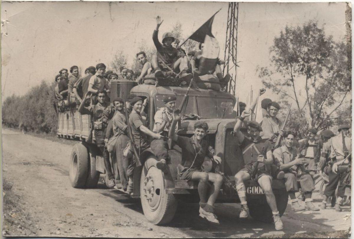 Festivités, libération de Grenoble, août 1944 Photographie Août 1944