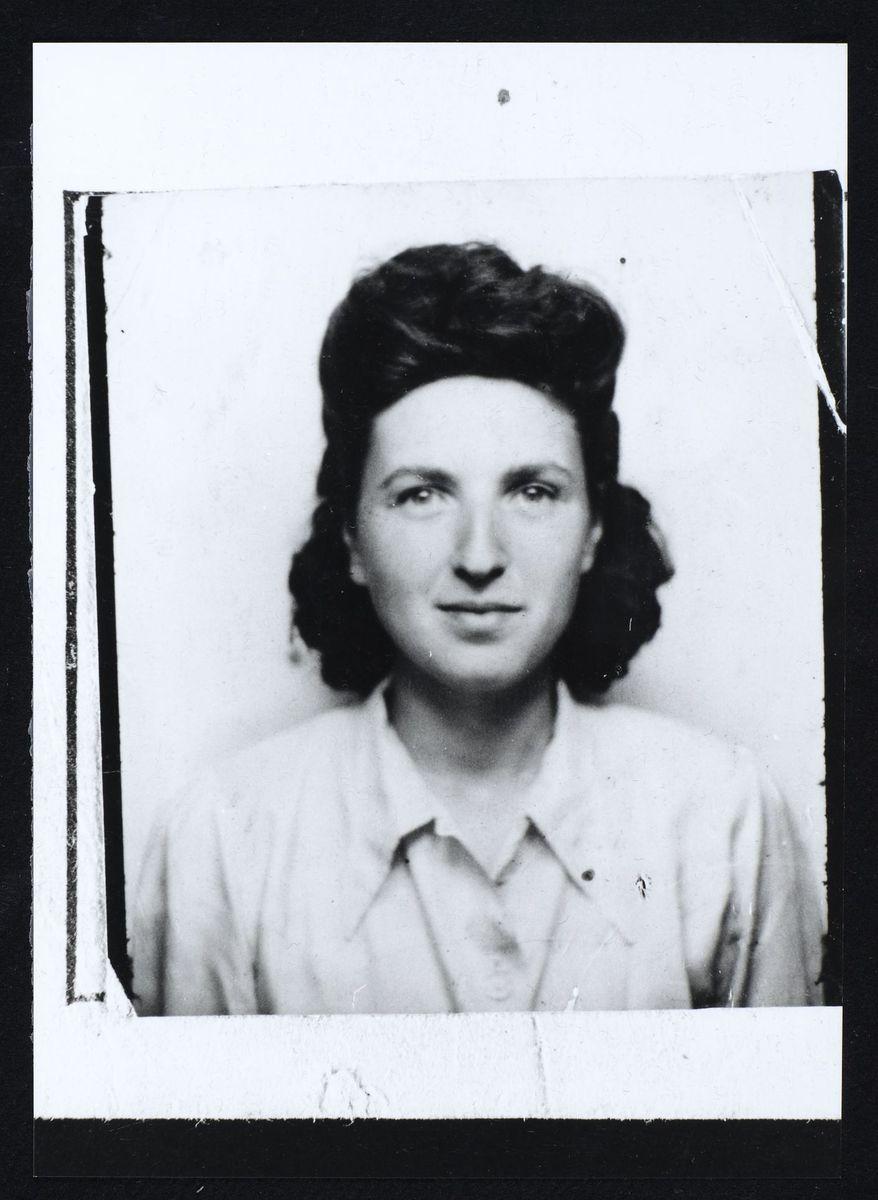 Fanya Ewenczyk du Mouvement Jeunesse Sioniste Photographie
