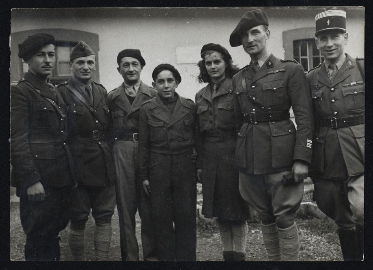 François Huet, René Bousquet, Marc Muet, Max Kislakof et trois autres résistants, 1944 Photographie 1944