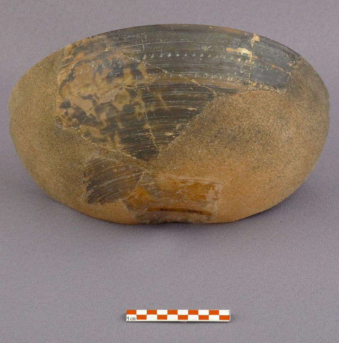 céramique archéologie milieu IVe-milieu Ve s.