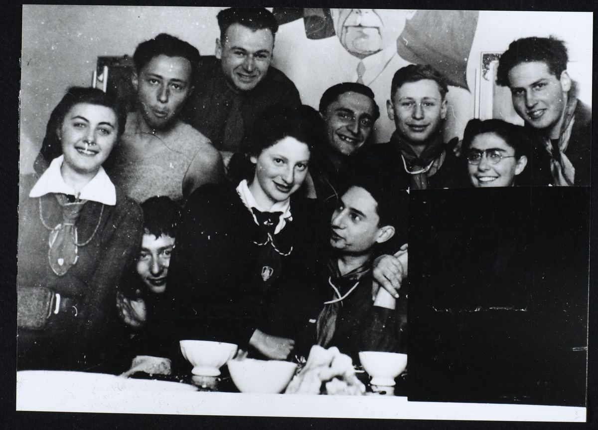 groupe local des Eclaireurs Israélites de France, les Sappey en Chartreuse, 1941-1942 Photographie