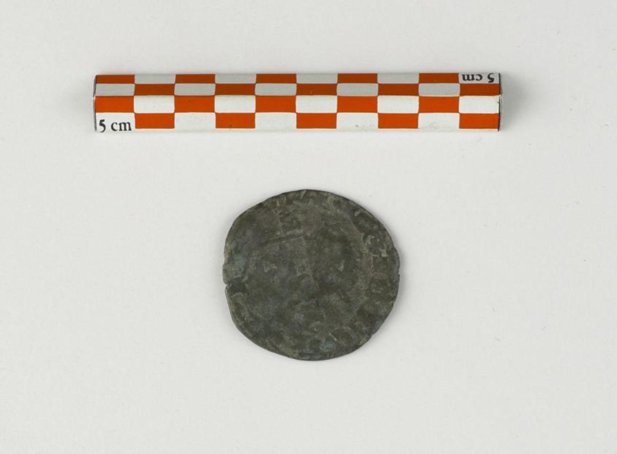 archéologie ; numismatique XVIIIe s. 1593 ou 1595
