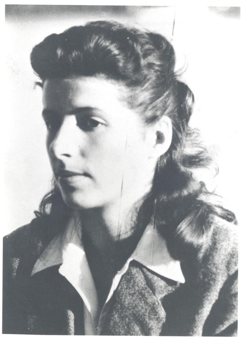 """Portrait de Geneviève Blum-Gayet """"Germaine"""" Photographie"""