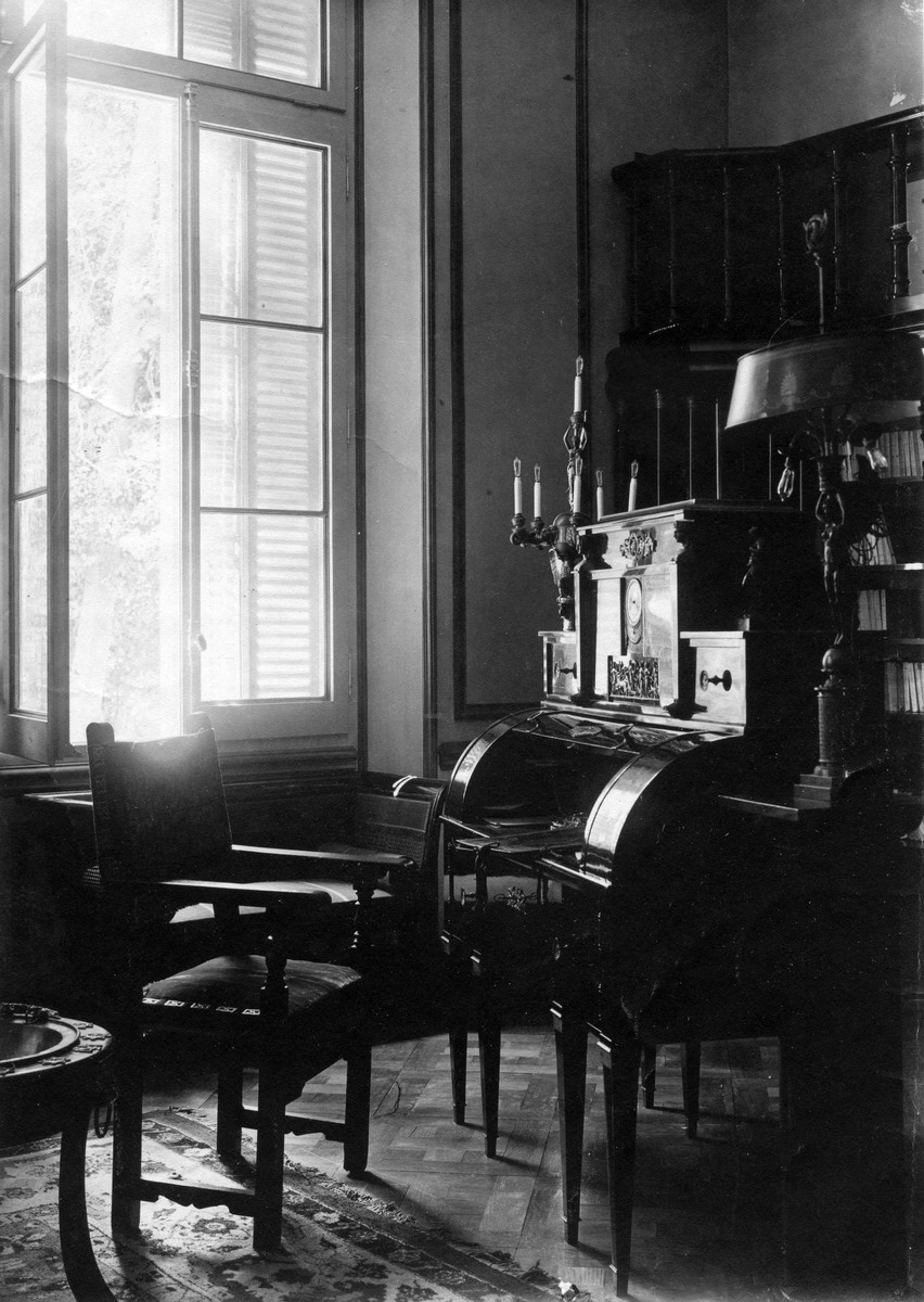 Maison G. Bergès à Barcelone ; bibliothèque Empire Photographie