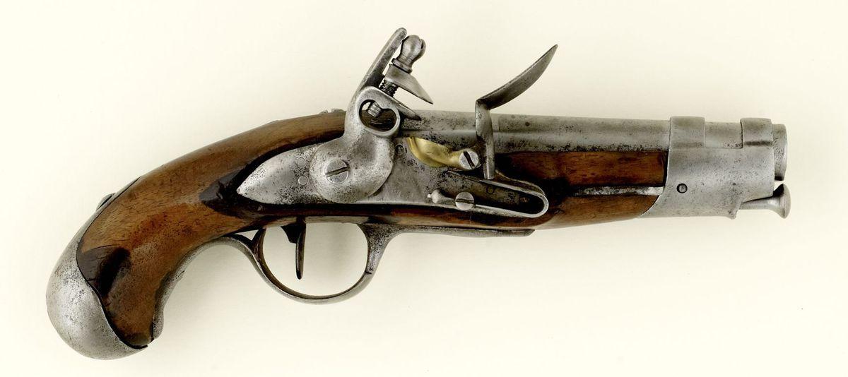 Pistolet de gendarmerie Militaria