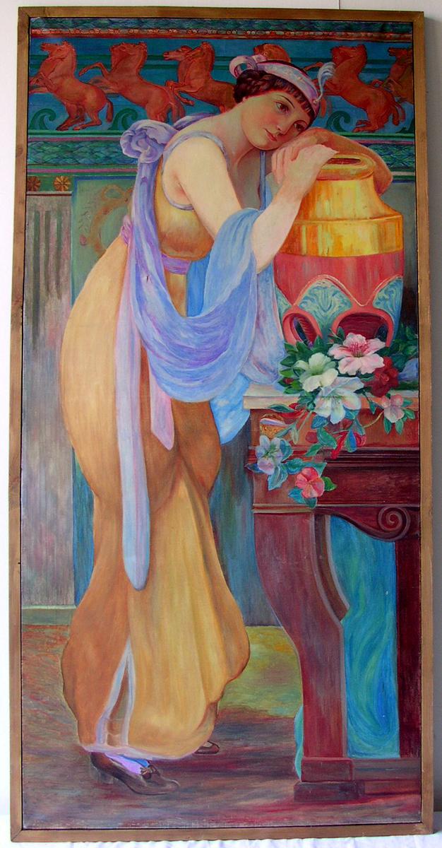Noémie vêtue d'une robe jaune Peinture