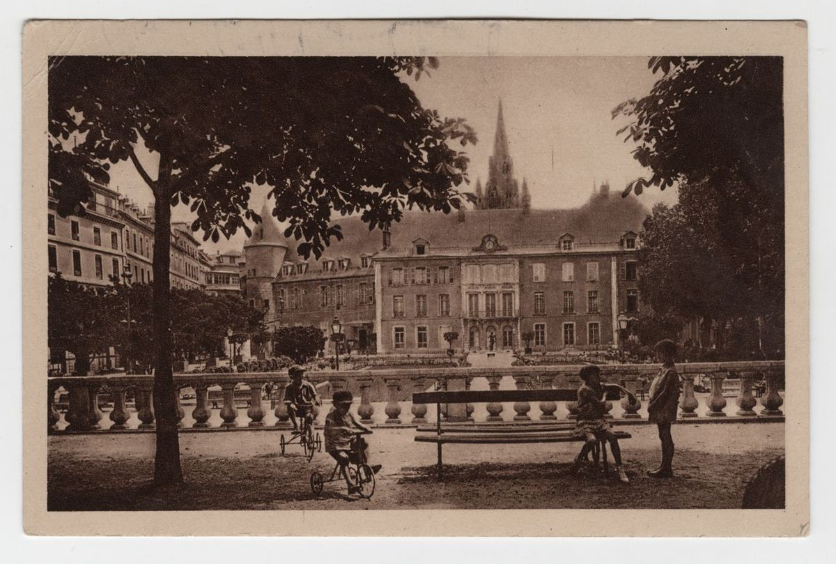 Grenoble : Hôtel de Ville Carte postale